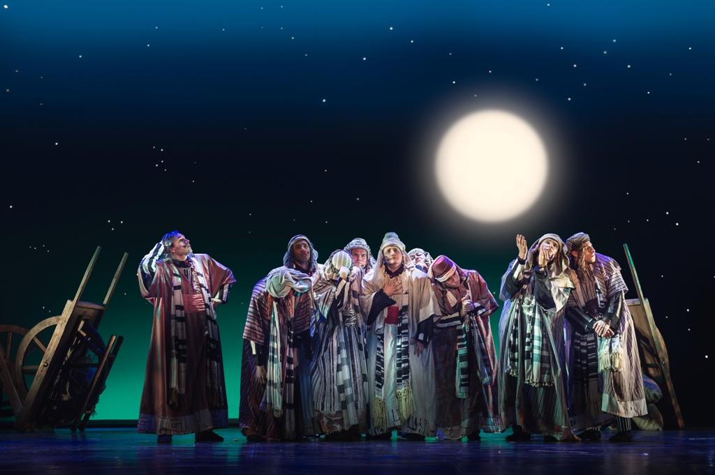 Иосиф и его удивительный плащ снов (2)